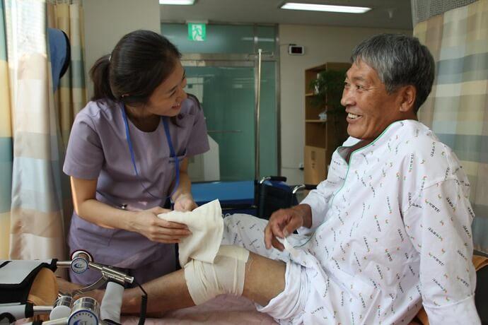 Операции эндопротезирования суставов, лечение суставов Корея