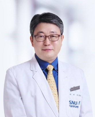 Врач Ли Гванг Унг, SNUH